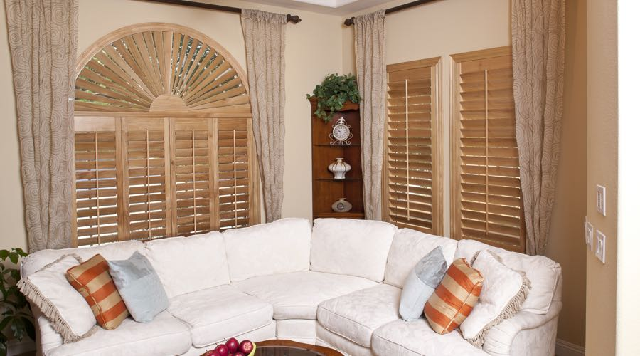 Ovation Wood Shutters In Kingsport Living Room