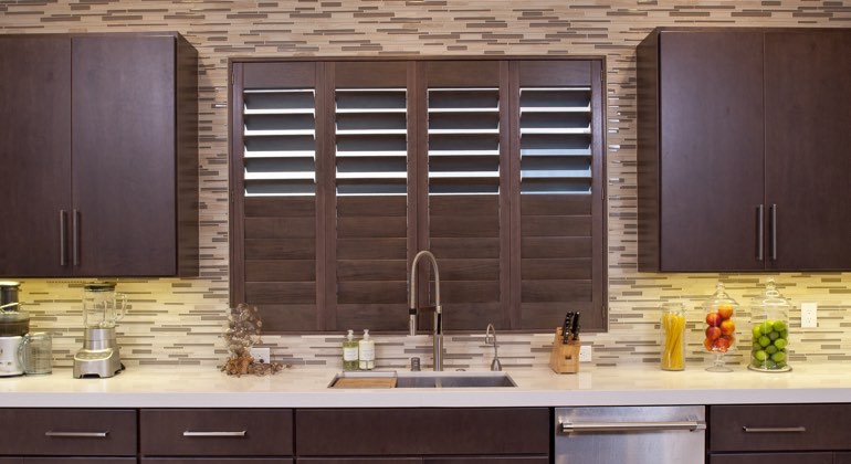 Kingsport cafe kitchen shutters