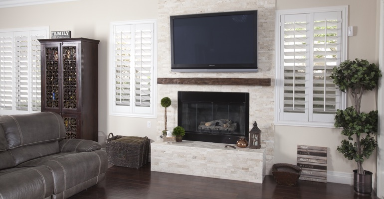 white shutters in Kingsport living room