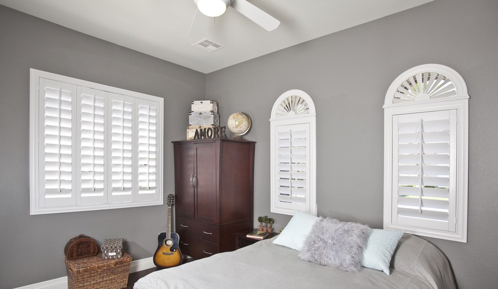 Polywood Shutters In A Kingsport Bedroom
