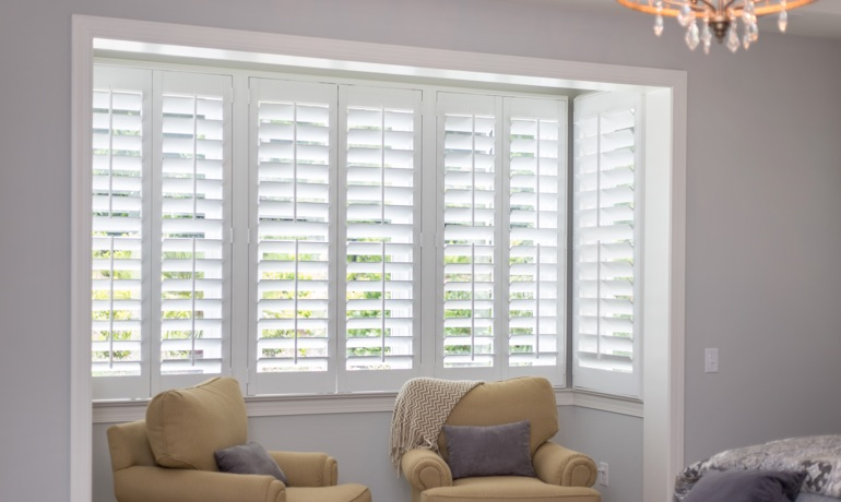Plantation shutters in Kingsport bay window