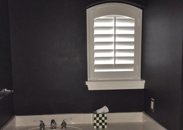 Kingsport small bathroom window