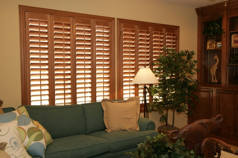 Ovation Shutters In A Kingsport Living Room.